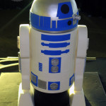 Standing Star Wars R2D2 Cake